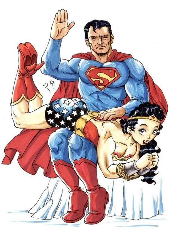 Fessée chez les super héros :super man et wonder woman