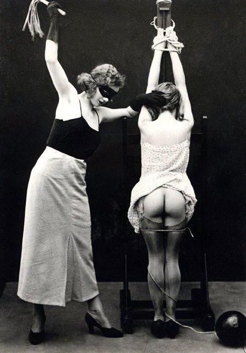 Martinet, Attachée, F/F, Vintage, BDSM, Photographie